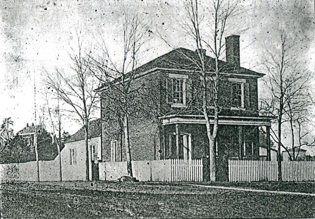 Stratton-House---#3-web